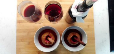 Apples baked in red wine