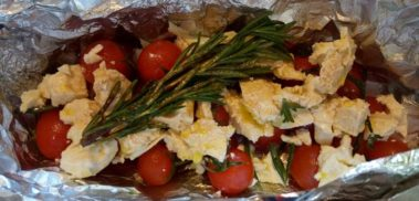 Feta, tomato and rosemary in foil